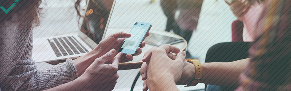 La première chose à faire est de savoir qui sont vos clients, car différentes caractéristiques démographiques favorisent certaines plateformes de réseaux sociaux.