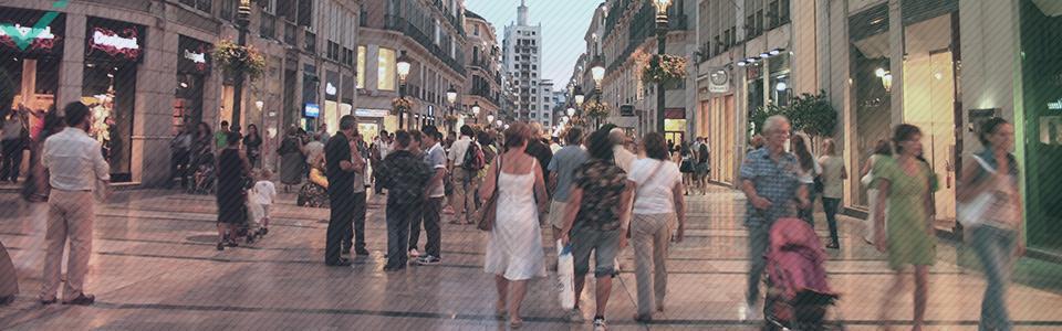 Im Durchschnitt kauft jeder Spanier jährlich für 513 Euro online ein.