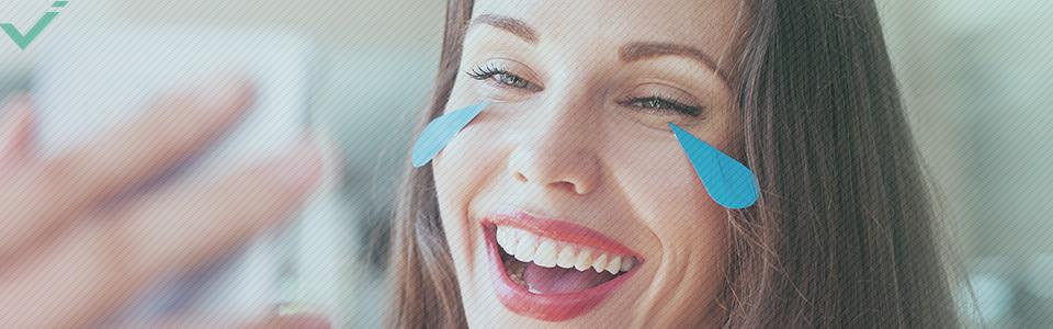 Definierende Worte: Gesicht mit Freudentränen
